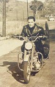 Elvis Presley - černobílé