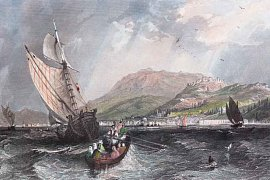 Kopec Kadifekale v přístavu Izmir, Turecko
