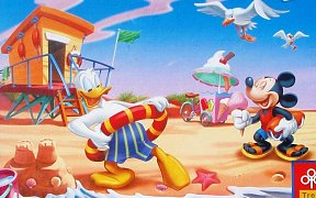Mickey Mouse na pláži