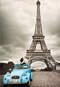 Milenci u Eiffelovky, Paříž