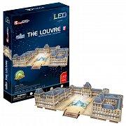 The Louvre svítící